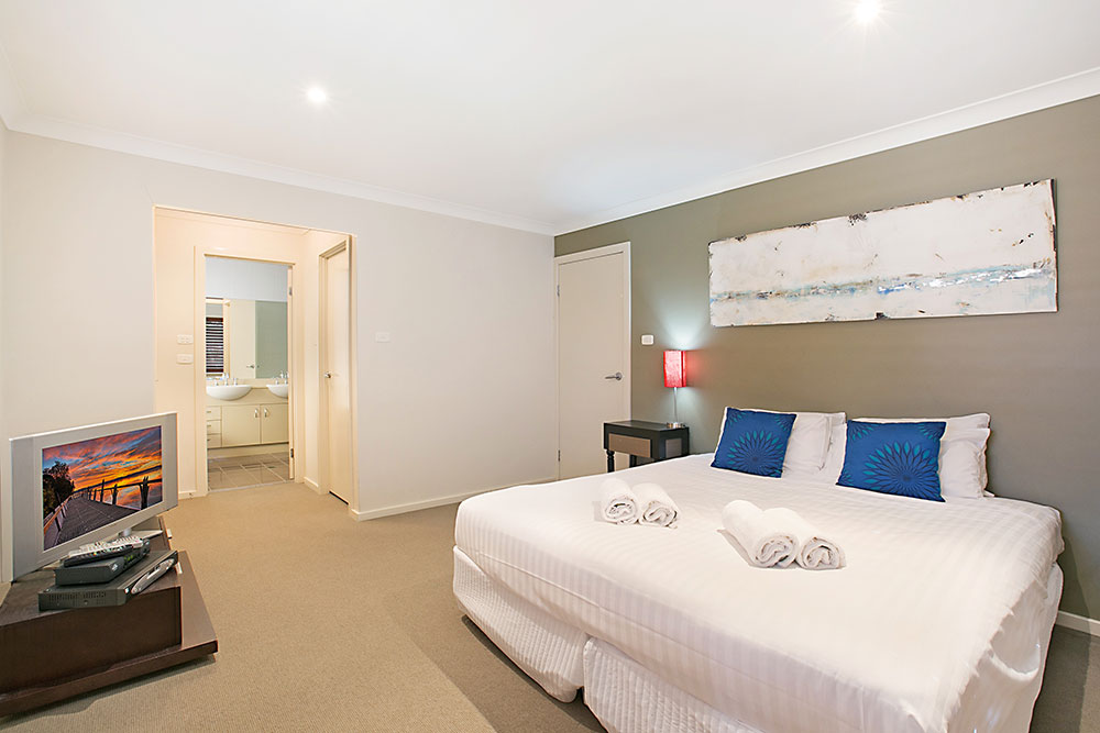 Peppertree at the Vintage, Hunter Valley Holiday House with 4-bedrooms